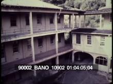 90002_BANO_10902_05.mov