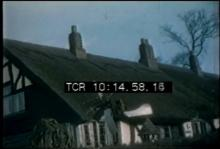 12568_roof_thatching.mp4