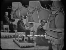 13171_38385_rudolph_pianos.mov