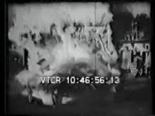 8251_ford_V8_crashes.mp4