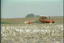 13160_12687_omaha_tractor5.mov