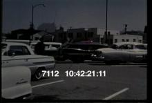 7112_Policeman_Car_Thief.mov