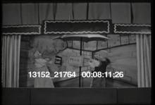 13152_21764_breakfast_puppets7.mov