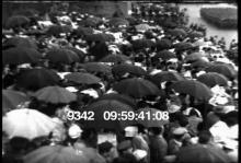 9342_umbrella_crowd.mov