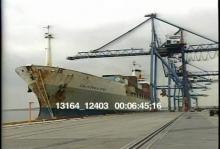 13164_12403_ships_loading4.mov