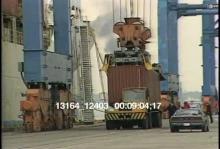 13164_12403_ships_loading5.mov